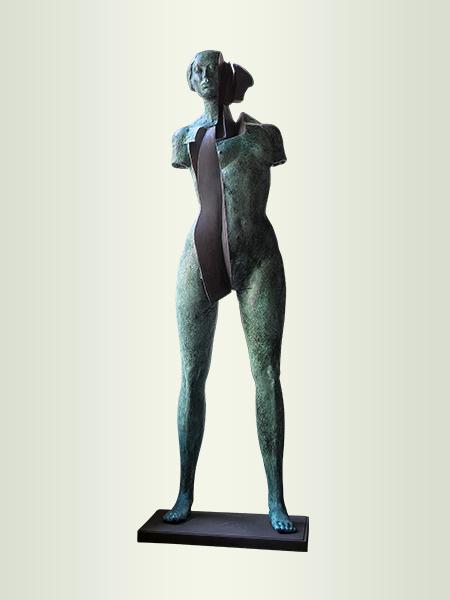 Sculpture, title: Star B