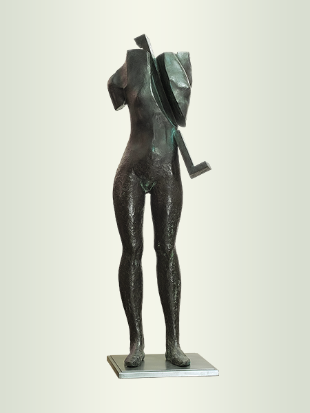 Sculpture, title: Warrior 3