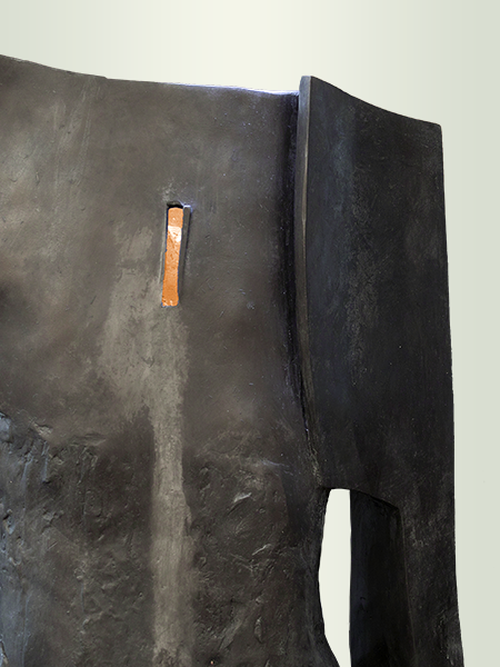 Sculpture, title: I'm Standing